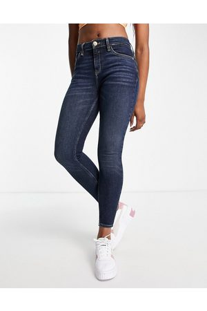 River Island Amelie mid rise skinny jeans in smokey