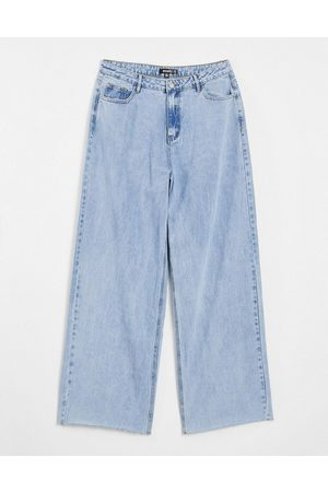 Missguided Recycled straight jean with raw hem in bleached