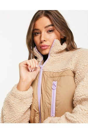 ONLY Women Jackets - Teddy borg jacket with contrast quilting in -Neutral