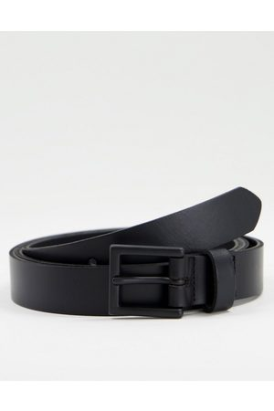 ASOS DESIGN Leather skinny belt in with matte buckle