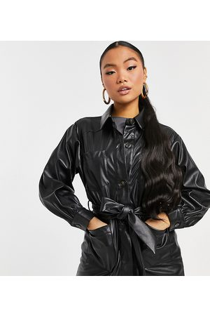 ASOS ASOS DESIGN Petite waisted leather look shacket in