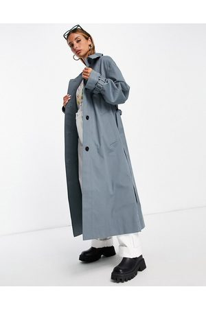 ASOS DESIGN Sharp collar trench coat in