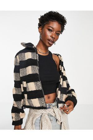 Noisy May Women Jackets - Teddy jacket in black and beige check-Multi