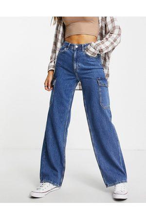 New Look Cargo pocket jean in mid