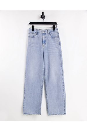 Levi's Levi's high waisted straight leg jeans in mid wash