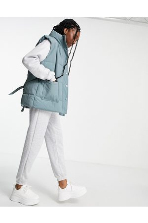 Pieces Padded gilet in dusty