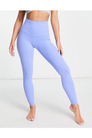 Nike Nike Yoga Luxe 7/8 leggings in