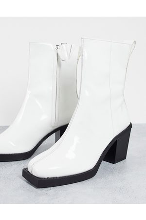 ASOS Heeled chelsea boots in patent leather with black sole