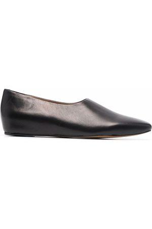 12 STOREEZ Square toe leather shoes