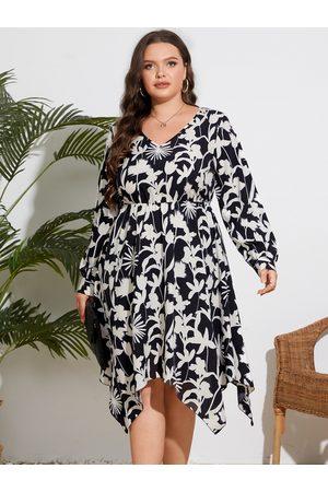 YOINS Plus Size V-neck Floral Print Elastic Waist Long Sleeves Dress