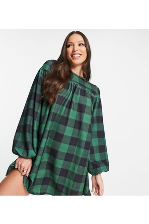 ASOS ASOS DESIGN Tall oversized long sleeve smock dress with tie back in large gingham print