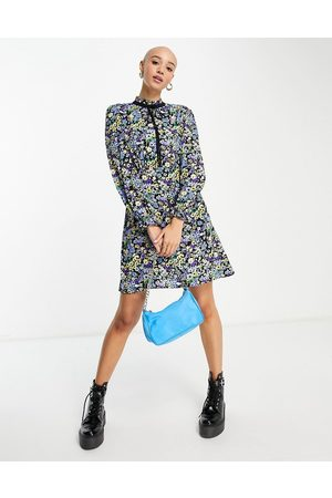 New Look Women Casual Dresses - Tie neck mini smock dress in ditsy floral