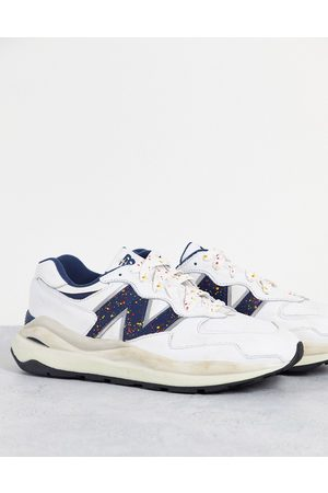 New Balance Men Sneakers - 57/40 trainers with speckled logo in