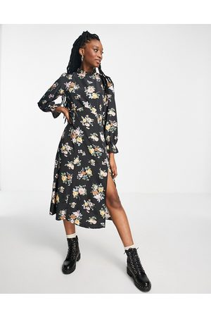New Look Ruffle neck midi dress in ditsy floral
