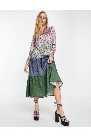Twisted Wunder Women Casual Dresses - Long sleeve midi smock dress in mixed patchwork floral-Multi