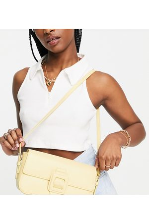 Glamorous Exclusive shoulder bag with tonal hardware in butter