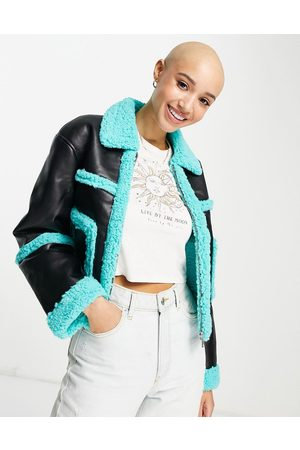 Glamorous Cropped aviator coat in faux leather with blue trim-Multi