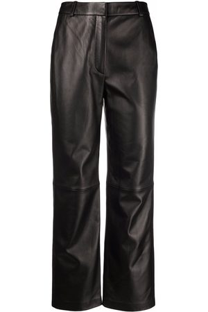 12 STOREEZ Cropped leather trousers