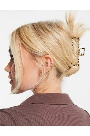My Accessories London open hair claw clip in leopard-Neutral