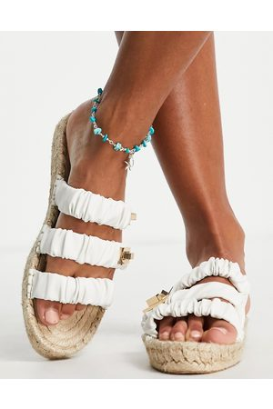 Accessorize Anklet with blue stones in