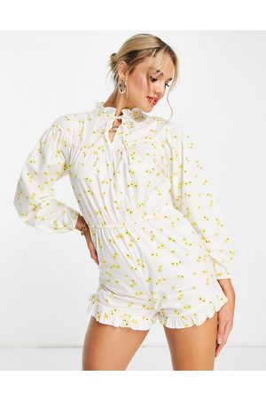 Glamorous Long sleeve playsuit in floral