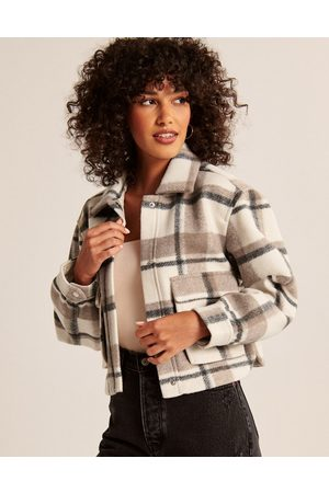 Abercrombie & Fitch Cropped shacket in cream plaid
