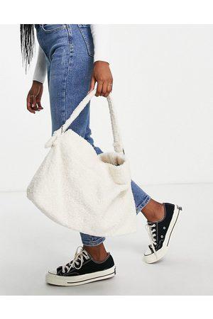 Glamorous Slouchy shoulder bag in cream teddy fur