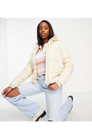 Pieces Women Jackets - Recycled blend padded puffer jacket in cream