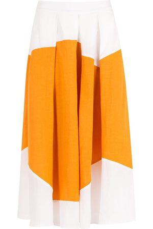 Alcaçuz Admiravel box-pleat skirt