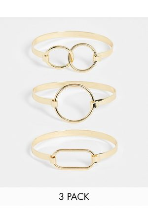 Pieces 3 pack bangles with circle clasps in