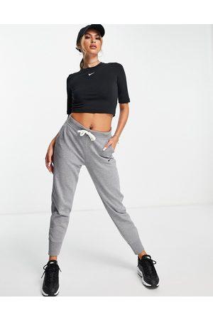Nike Dri-FIT logo joggers in