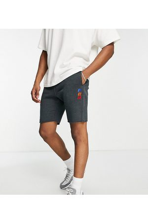Russell Athletic Shorts in marl