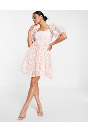 Lace & Beads Tulle mini smock dress in daisy print
