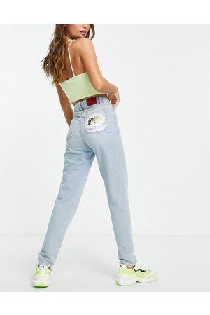 Fiorucci Women Boyfriend - High waisted mom jeans with seashell angel bum graphic