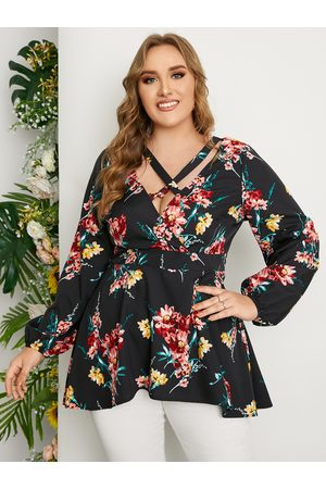 YOINS Plus Size Deep V Neck Floral Print Criss-Cross Crossed Front Design Long Sleeves Tee
