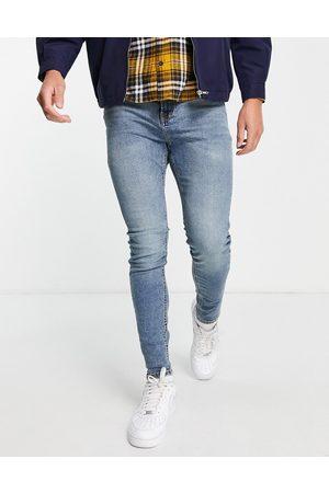 JACK & JONES Intelligence Pete carrot fit jeans in midwash