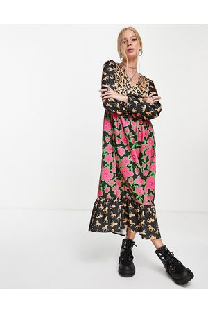 Twisted Wunder Women Printed Dresses - Midaxi dress with balloon sleeves in multi print