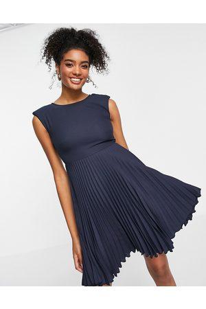 Closet Pleated skirt mini dress in navy