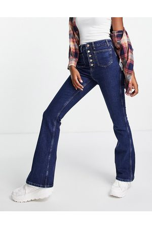 New Look 70's high waist flared jeans in mid