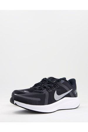 Nike Men Sneakers - Quest 4 trainers in white and