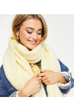 My Accessories London Exclusive supersoft scarf in french vanilla