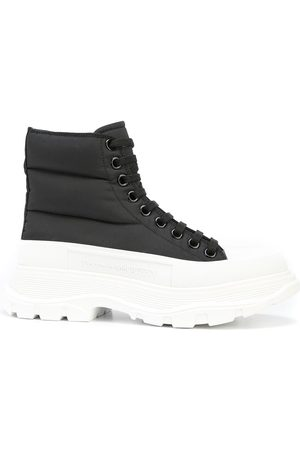 Alexander McQueen Padded-ankle lace-up boots