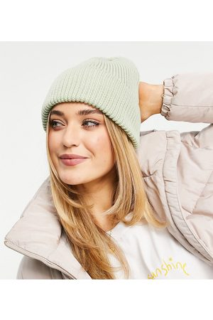 My Accessories London Exclusive chunky beanie in recycled sage yarn