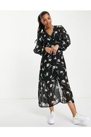 New Look Puff sleeve button through midi dress in floral